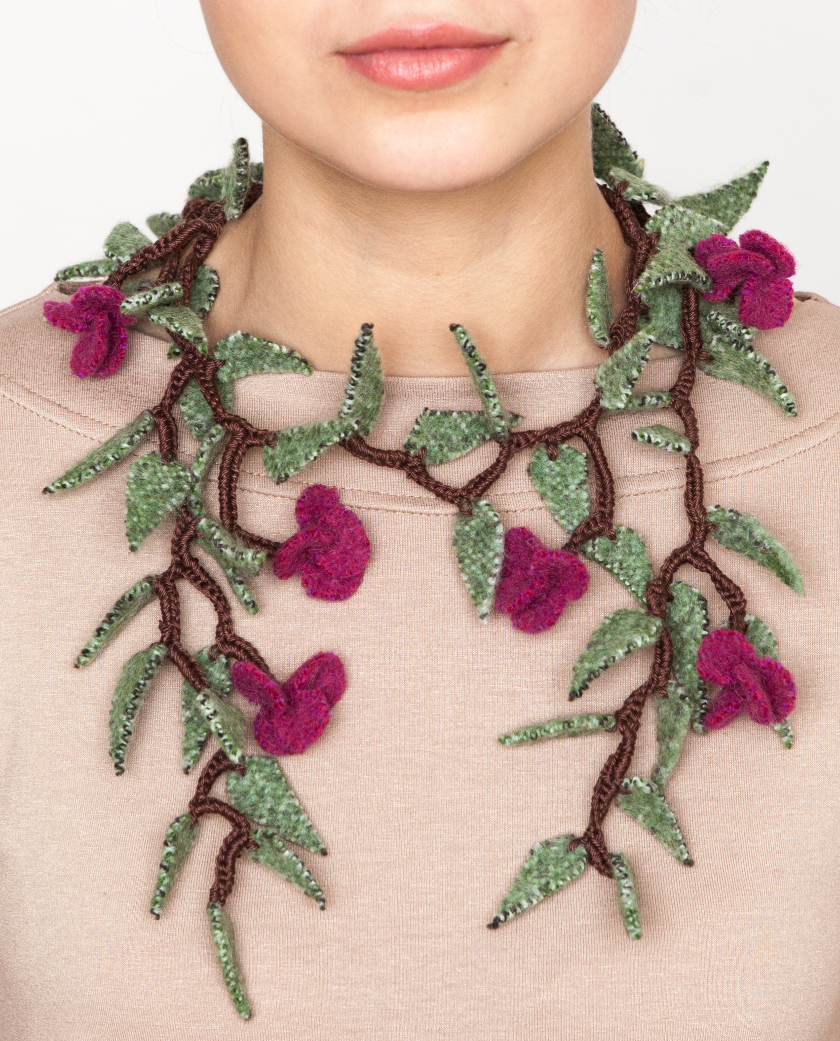 Soft flower necklace