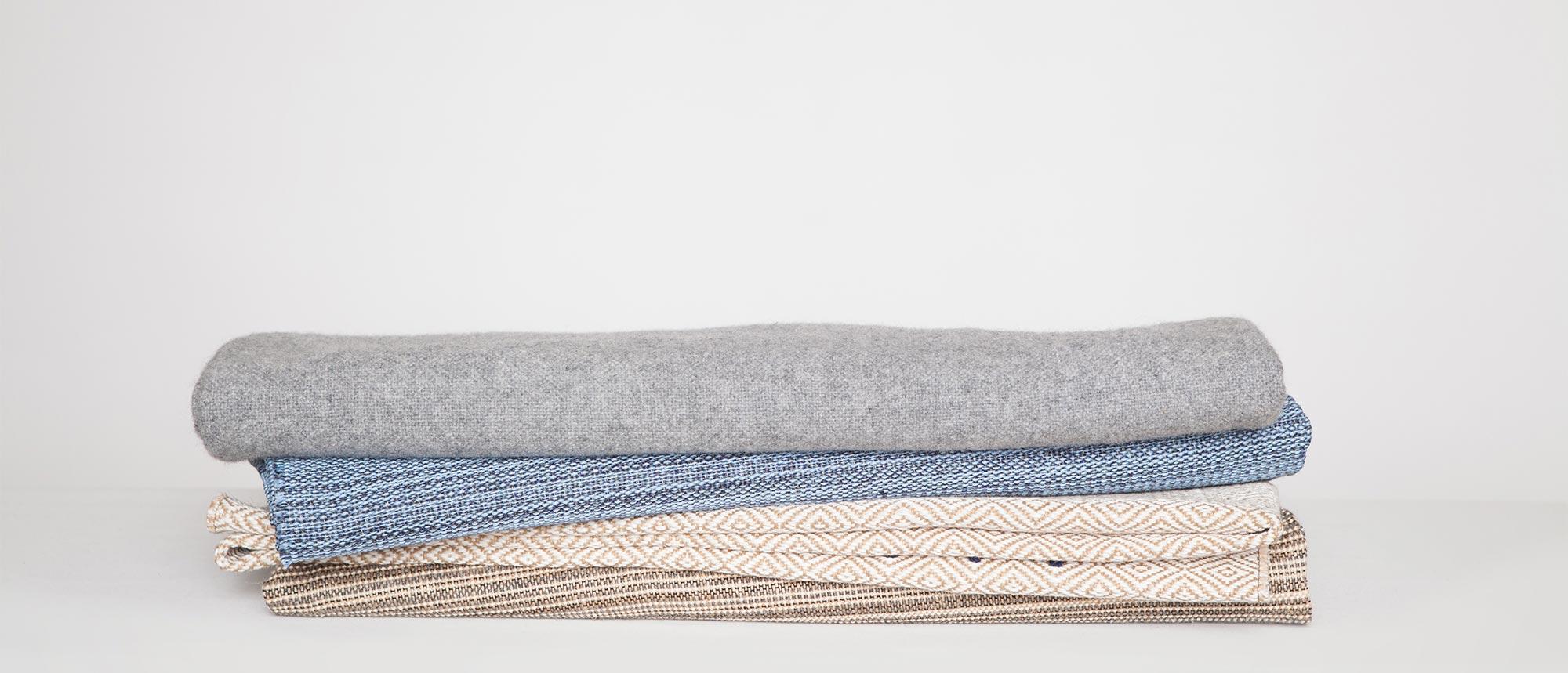 loom-woven textiles